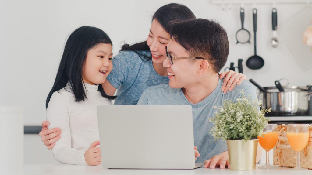 communication - reliable internet connection - streamtech