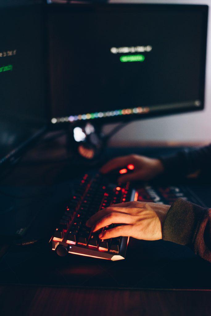 victim online - faster fiber connection - streamtech
