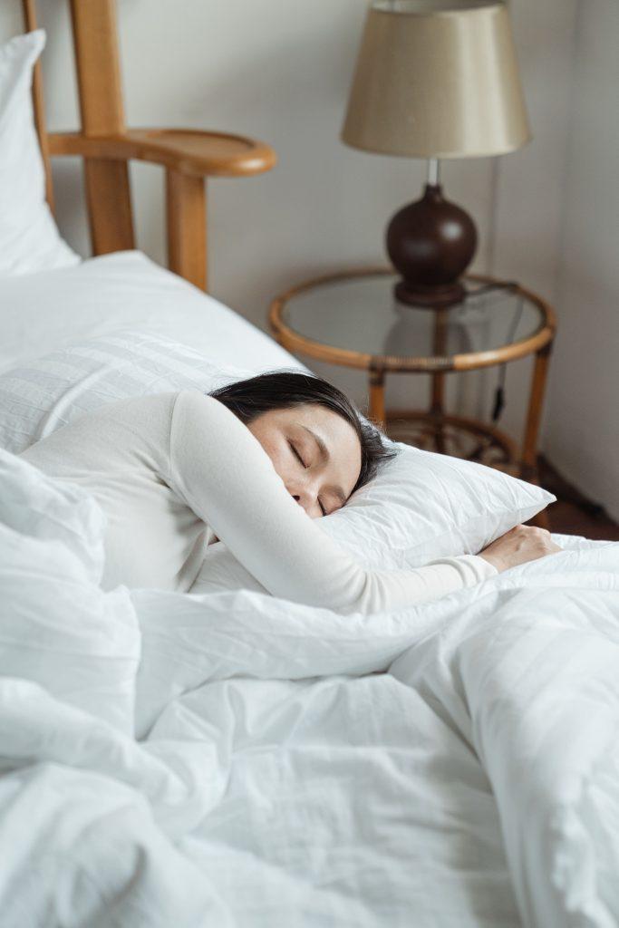 stay healthy by having enough sleep - fiber internet - streamtech